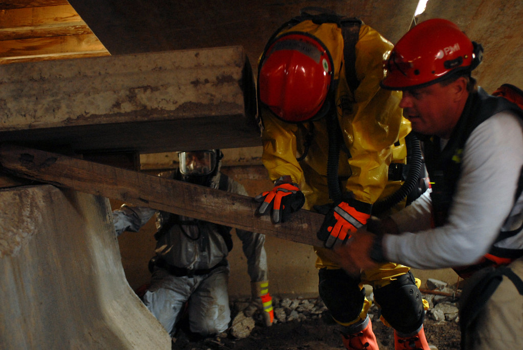California National Guard disaster-response teams practice their life-saving skills during Joint Patriot 2011