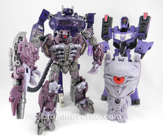 Transformers Shockwave Dark of the Moon Voyager - modo robot vs otros Shockwaves