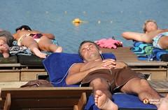 Lazy Sunny Afternoon (Omroep Brabant) Tags: holland strand nederland thenetherlands best september zomer zon brabant beachclub mooiweer oirschot zonnig omroepbrabant nazomer warmte aquabest wwwomroepbrabantnl nazomerinbrabant