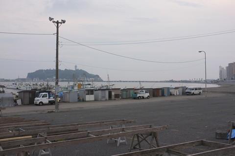 腰越漁港で腰がええ調子