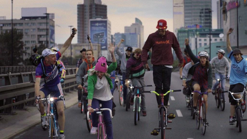 *HTC Detour:找來街頭車友打造HTC Highroad team形象廣告 2