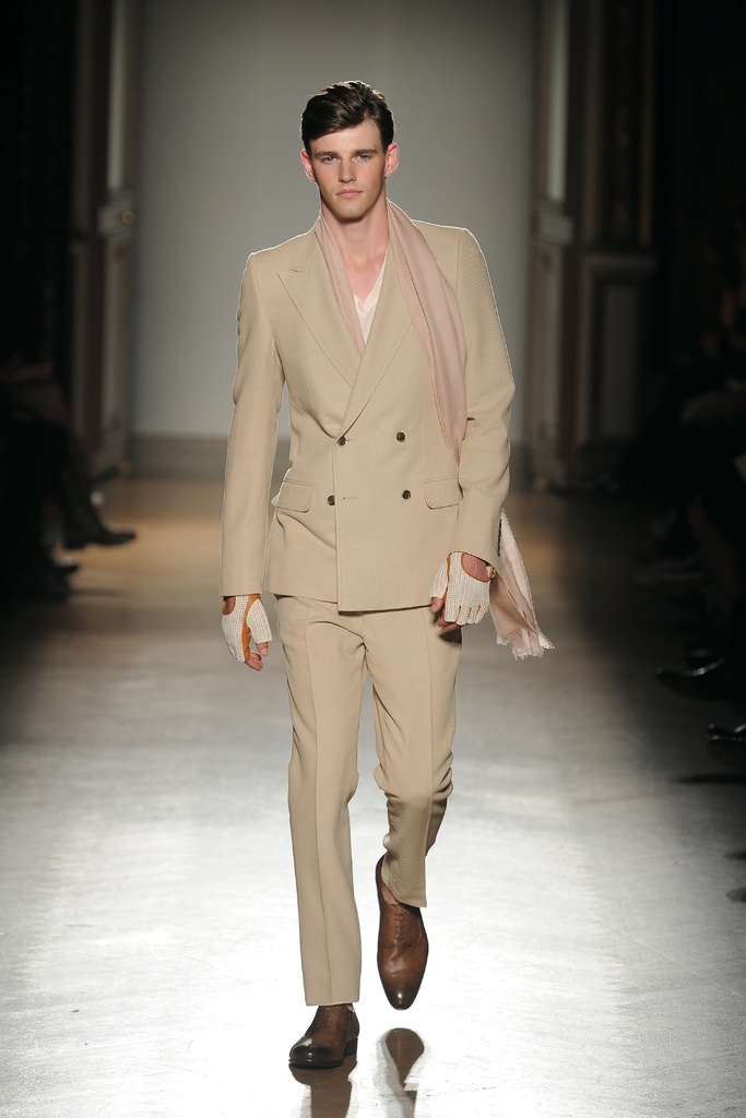 Robert Rae3114_SS12 Paris (Homme Model)
