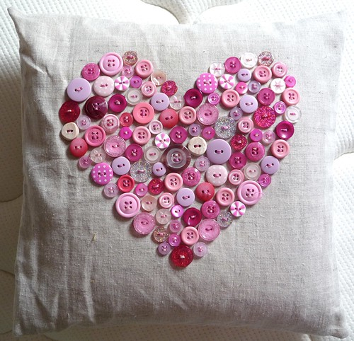 Button Heart Cushion