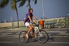 Rio Cycle Chic_25 (2) (Mikael Colville-Andersen) Tags: brazil fashion bike bicycle brasil riodejaneiro cycling brasilien copacabana cycle bici chic fahrrad vélo ipanema leblon cykel cyclechic riocyclechic riodejaneirocyclechic