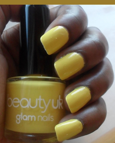 Yellow Fake Nails