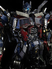Dark of the Moon : Ultimate Optimus Prime (close up 5) (frenzy_rumble) Tags: camera matrix prime transformer evil icestorm hook custom commission seeker fr convoy sunstorm autobot reflector spyglass scavenger nemesis viewfinder mixmaster decepticon scrapper lacquer kitbash shockwave artfire devastator pretender nightstick longhaul cliffjumper bonecrusher spectro combiner enamels skywarp omegasupreme targetmaster darkofthemoon thunderwing houseofkolors frenzyrumble fansproject frenzyrumblecom humanalliance procustomizers peaugh sentinalprime midwarp