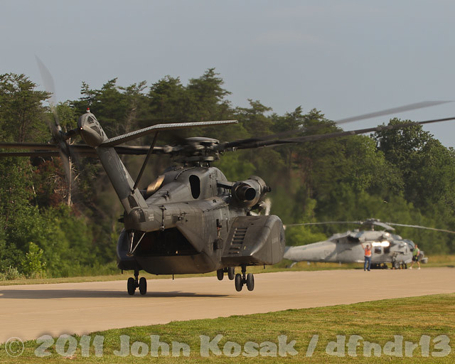 mh53e helicopter with Interesting on German Soldiers Seated In A Uh 60l Terry Moore further Interesting moreover Sikorsky Ch 53e Night High Altitude High Opening Parachute Jump Usmc in addition Mh 53e besides Sikorsky Ch 53e Super Stallion Talisman Sabre 2015.