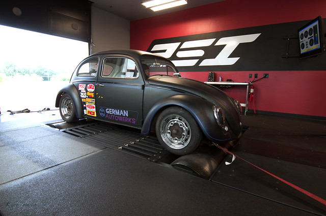 VW Bug on dyno at PSI.JPG