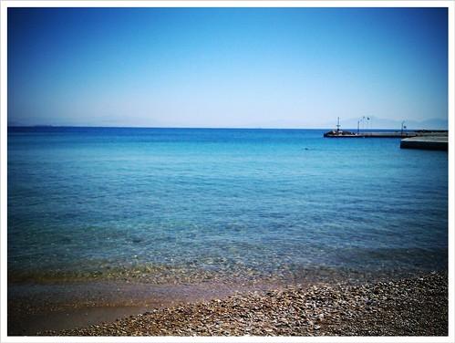 Τόσο κοντά και τόσο μακριά... Θέα προς τον Πειραιά από την Σουβαλα στην Αίγινα