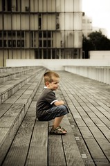 Musing & The city (- FREDERIC MARS -) Tags: city paris stairs alone child library son bibliothque timo ville seul fils musing rverie escaliers enfanr