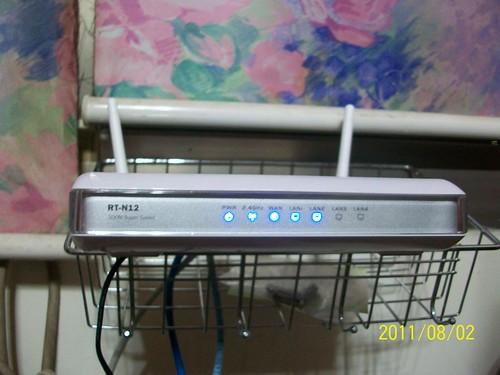 ASUS RT-N12 無線網路路由器 (AP)