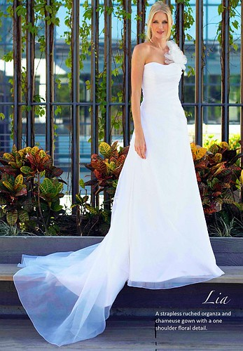wedding dresses one shoulder