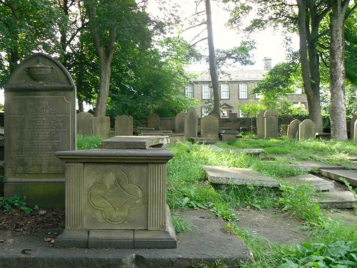 Graveyard 2 (house)
