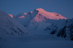 The North Summit (Joe Stylos) Tags: sunset mountain alaska climbing mountaineering mckinley denalinationalpark alpineglow