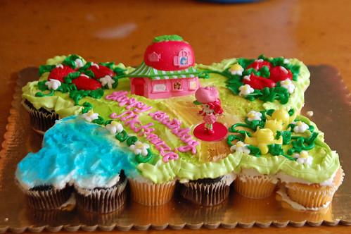005 Mckenzies cake