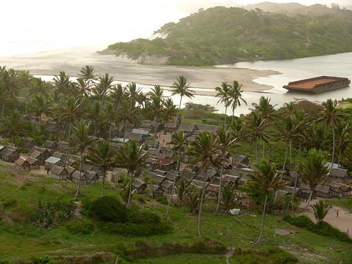 Evatraha village at the coast of Southeast Madagascar by globtraveller