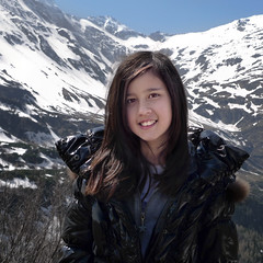 Portrait of Samantha at the Hoher Sonnblick (Bn) Tags: park blue shadow wild portrait sky sun snow mountains alps green nature water face walking landscape heidi austria golden spring woods topf50 rocks afternoon eagle farmers hiking farm wildlife meadows falls adventure evergreen alpine national valley vista goldenvalley gras rays peaks lush samantha portret spar viewpoint spruce larvae finest seekers marmots hohe rauris lariks naturfreundehaus primeval unspoilt tauern 50faves kolmsaigurn hohersonnblick rauristal bartgeier beardedvulture naturfreundeweg bucheben wanderparadies 3106m dastaldergeier highsonnblick kolmsaigum rausrisersonnblick