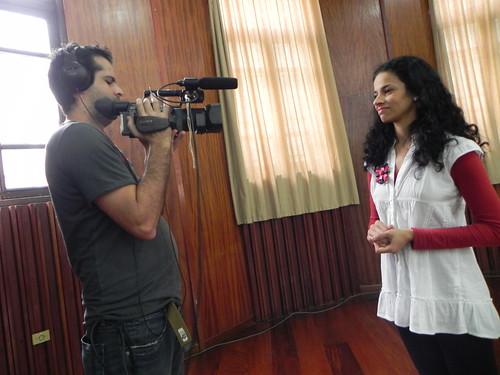 Sabrina gravando seu depoimento by Silvana Abreu