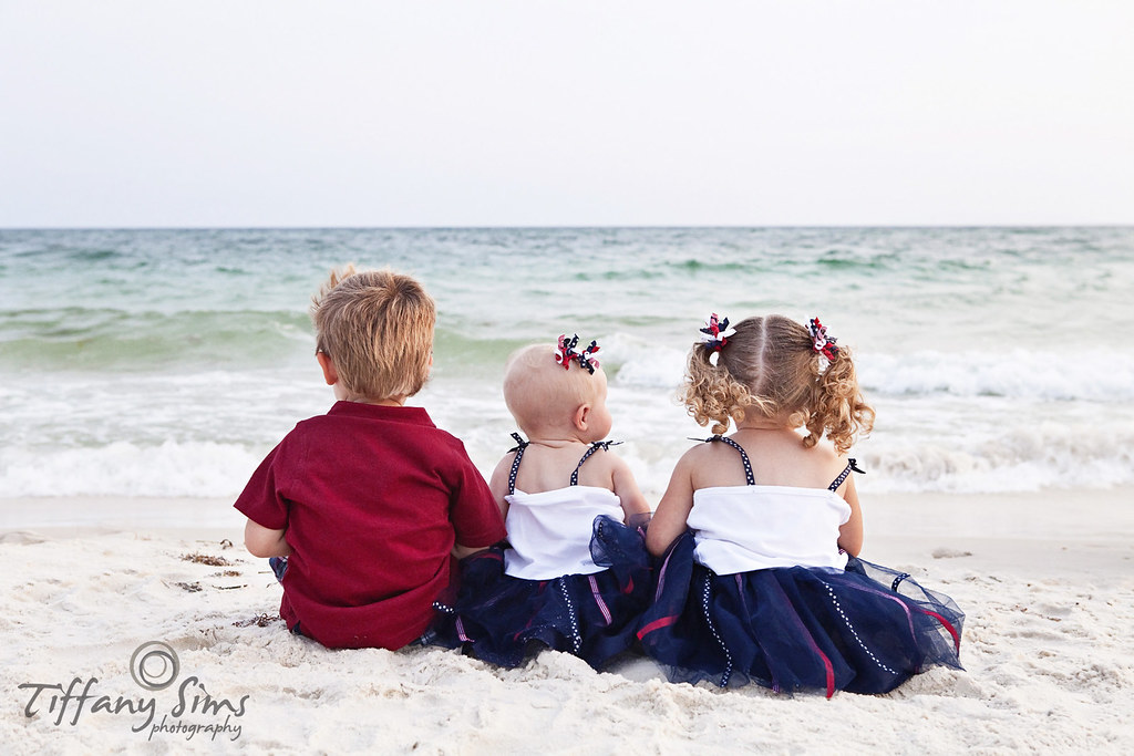 Destin Photography by Tiffany Sims Photography #destin #destinphotography #destinbeachphotography #30aphotography #30abeachphotography #destinphotographer #30aphotographer #fortwaltonbeachphotography #okaloosaislandphotography   Destin Photography by Tiffany Sims Photography #destin #destinphotography #destinbeachphotography #30aphotography #30abeachphotography #destinphotographer #30aphotographer #fortwaltonbeachphotography #okaloosaislandphotography