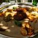 Injera com molhos vegeais, comida tipica