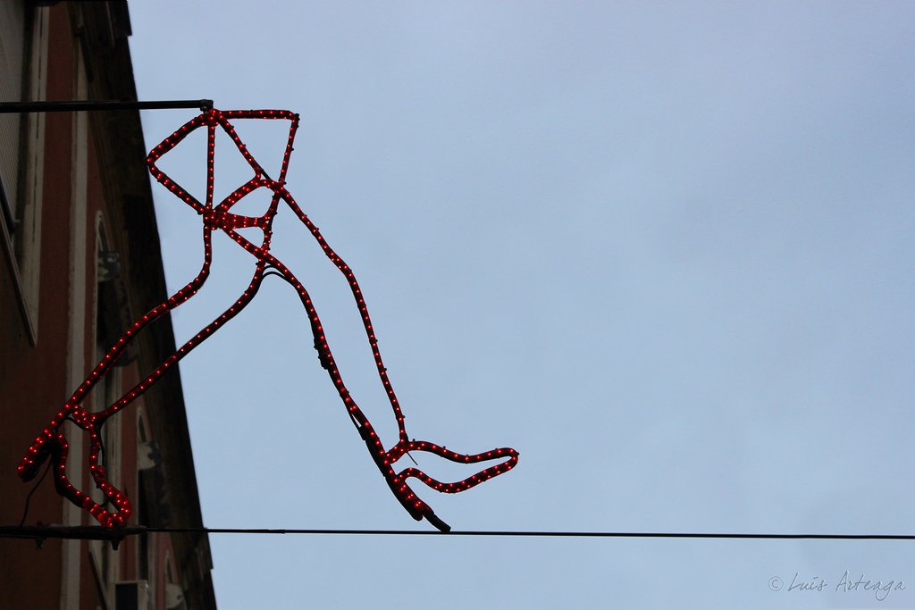 The World\'s Best Photos of wire and zapatos - Flickr Hive Mind