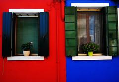 (Amaa) Tags: house ventana casa italia colours colores fachada burano etxea lehioa koloreak