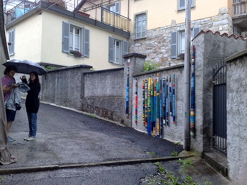 Stecche di dipinto sui muri by durishti
