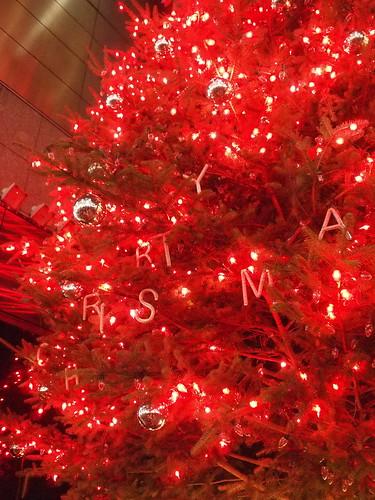 銀座 ミキモトのクリスマスツリー