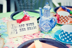 Off with her head! - Queen of Hearts table centerpiece (windrosie) Tags: eatme tophat gardenparty cheshirecat kidsparty drinkme thewhiterabbit lewiscarrol partysupplies unbirthdayparty madhatterteaparty aliceinwonderlandparty bridalshowerideas teapartysupplies aliceinwonderlandquotes futterwacken photoboothsupplies windrosieonetsy aliceinwonderlandpartysupplies whimsicalparty partypapersupplies whimsicaltablecenterpieces madhatterquotes teapartydecorations