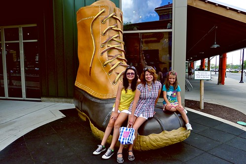 Texas Invasion:  On the big boot!