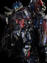 Dark of the Moon : Ultimate Optimus Prime (close up 4) (frenzy_rumble) Tags: camera matrix prime transformer evil icestorm hook custom commission seeker fr convoy sunstorm autobot reflector spyglass scavenger nemesis viewfinder mixmaster decepticon scrapper lacquer kitbash shockwave artfire devastator pretender nightstick longhaul cliffjumper bonecrusher spectro combiner enamels skywarp omegasupreme targetmaster darkofthemoon thunderwing houseofkolors frenzyrumble fansproject frenzyrumblecom humanalliance procustomizers peaugh sentinalprime midwarp