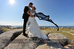 Au bout du monde avec toi (kimcass) Tags: wedding mer love vent bretagne finistre maris tole kimcass