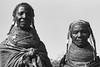 Muhuila girls, seen southwest from Mucuma, Angola (Alfred Weidinger) Tags: leica angora m3 angola leicam3 mumuila 安哥拉 αγκόλα muhuila ангола suldeangola mumuhuila mwila アンゴラ provinciahuila mumilla angolë անգոլա anqola langola mucuma