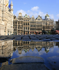 Grand Place - Brussels (russ david) Tags: brussels reflection architecture square place belgium may grand markt grote 2011 stunningphotogpin