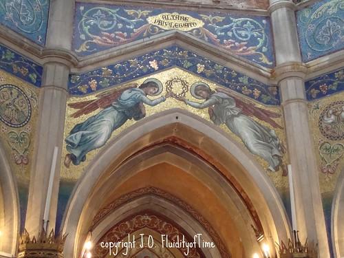 SM cemetery chapel mosaic 2