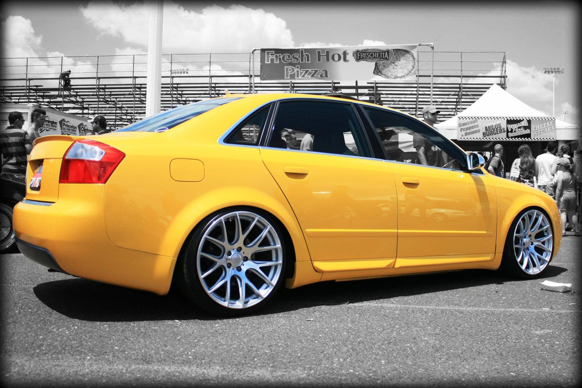 Stanced Audi S4 B6on Yellow Audi S4