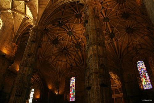 Arquitetura original, com as suas abóbadas em cruzaria muito trabalhadas