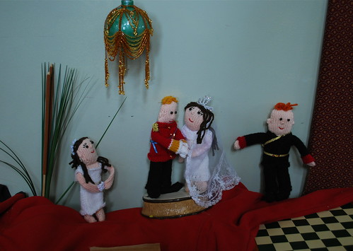 The royal wedding. Knitted. Really.
