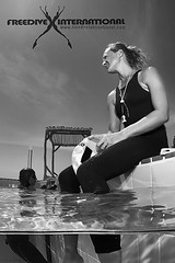Freedive International Promo (Day Is Coming) Tags: pool training underwater apnea apnoe freedive dynamicnofins canon7d lindapaganelli jacquesdevos freedivedahab lottaericson freedivecapetown freediveinternational