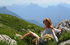 Sunbathing - 2011.07 (Jrme MAZOUILLER) Tags: portrait woman sun sunlight mountain montagne climb model nikon break angle hiking f14 femme wide hike sunbath climbing d80 nikond80