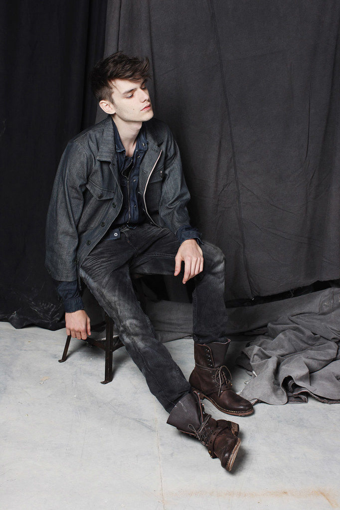 Douglas Neitzke0384_DIESEL BLACK GOLD Collection-Preview FW11