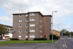 Linwood. (boneytongue) Tags: car town factory estate scottish social council housing production former chrysler peugeot talbot linwood planned rootes renfrewshire