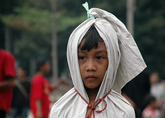 Small Boy aka the pocong kid (Tempo Dulu) Tags: indonesia death child ghost jakarta batavia drama superstition kota beliefs pocong