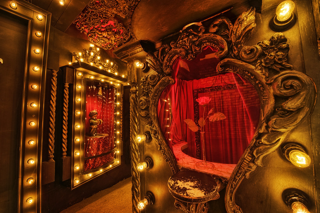 Mr. Dark's Ticket Booth (House on the Rock)