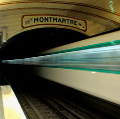going 2 (lam 09) Tags: motion blur paris station underground subway movement metro tunnel montmartre direction moto movimento stazione metropolitana galleria parigi mosso going2
