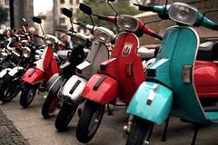 (daniel_aquino) Tags: bike 50mm nikon vespa f100 sp piaggio ektar100 motocia