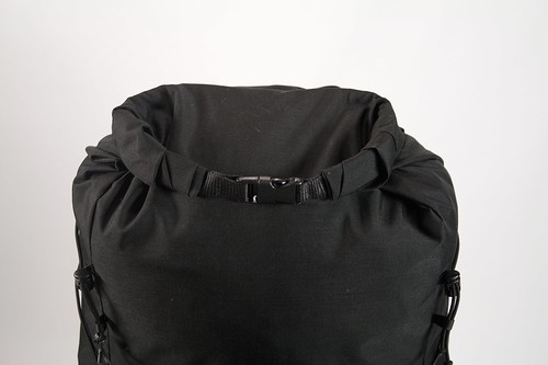 Drybag-style top