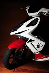 KYMCO Super 8 (joelCgarcia) Tags: sb600 scooter nopostprocessing cls d300 cvt sooc strobist 1685mmf3556gvr kymcosuper8