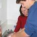 Myriam nos ensinando a fazer pao