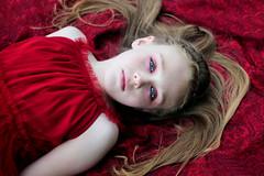 [Free Image] People, Children, Girls, Lie Down, American, 201107130100